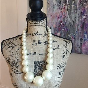 One-of-a-kind Pearl Necklace with Gold Accents